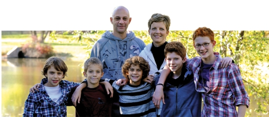 Brad and Sue Mitchell, with sons Luke, Alex, Caleb, Will, and Nathan.